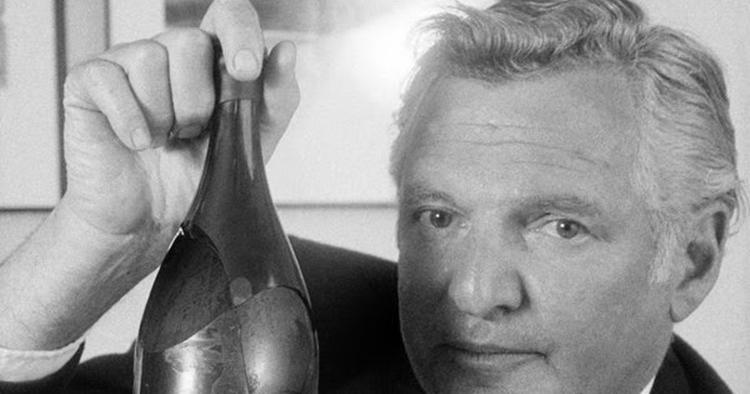 William Sokolin e sua frágil garrafa